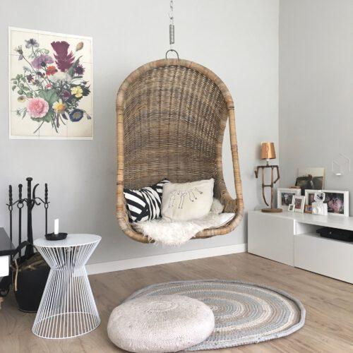 Hangstoel woonkamer