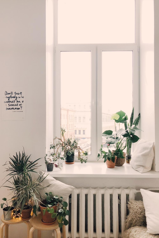 wit wonen knus hoekje vensterbank
